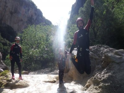 Canyoning, fiume Guadalentín, livello medio-facile.