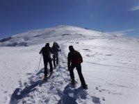 Salida grupal con raquetas nieve Sierra Mágina
