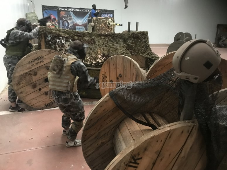 Indoor paintball circuit in Madrid