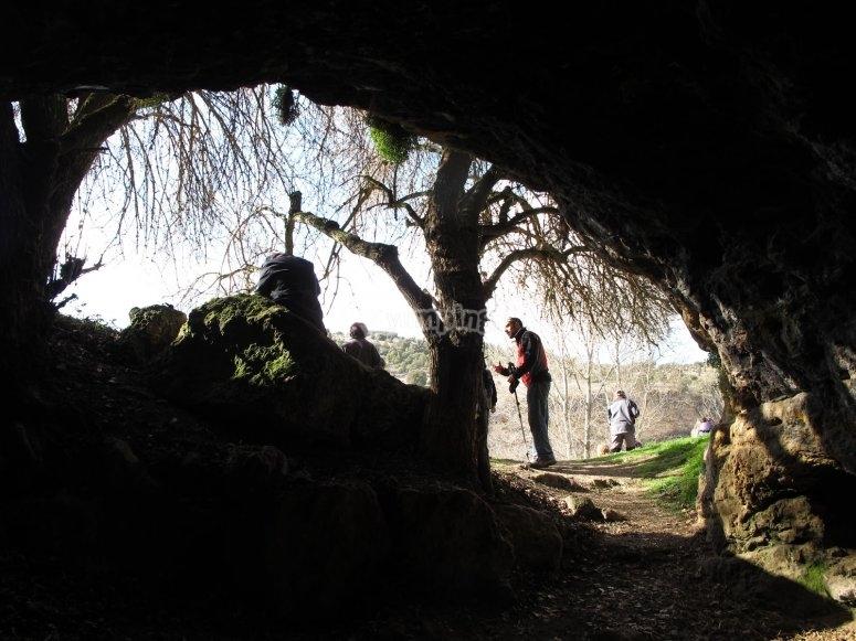 Entrada a la cueva de La Vaquera