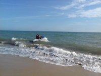 退出在La Antilla的水上摩托车上