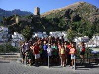 grupo de alumnos en excursion