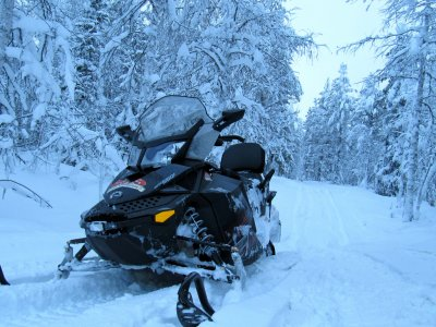 SPA+snowshoes+snow mobile+2 overnights