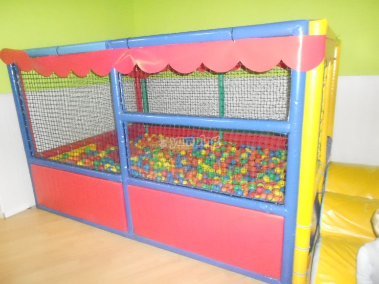 Balls pool