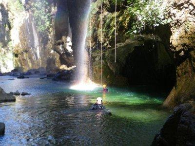 Discesa del torrente La Bolera, 6 ore, media