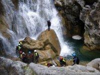 Cascada natural en el barranco de Utrero