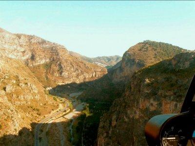 Ruta en helicóptero sobre Cañón Tajo de los Vados
