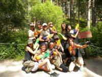 Guerriers dans le parc des arbres
