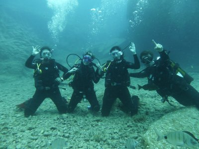 Advanced Open Water Diver y alojamiento, Arona