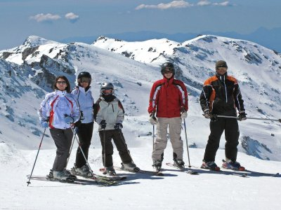 2h Ski Lesson in the Sierra Nevada + Rent Equip.