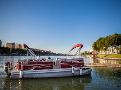 Paseo en barco, río Guadalquivir, 1 hora y comida