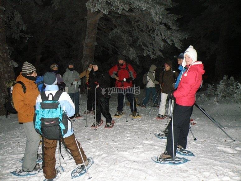Ruta con raquetas de nieve en Guadarrama