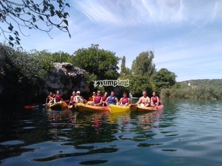 Kayaks en la laguna