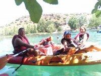 Grupo en kayak