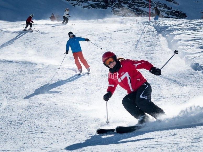 与滑雪板开启做好准备