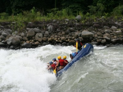Verticalia Rafting