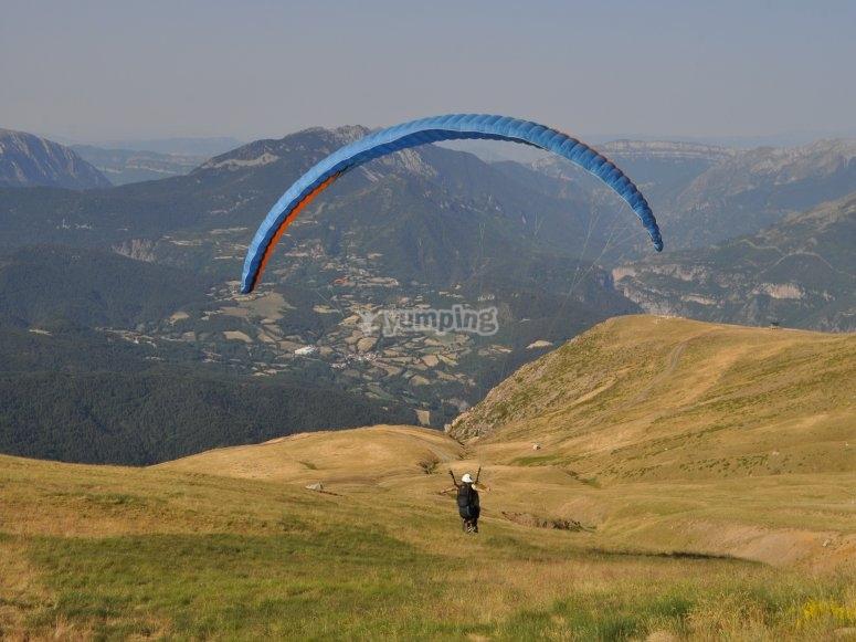 Volar en parapente por Liri