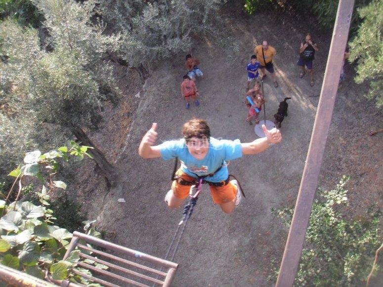 Il mini bungee jumping è molto divertente