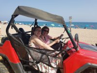 A bordo del buggy por la playa