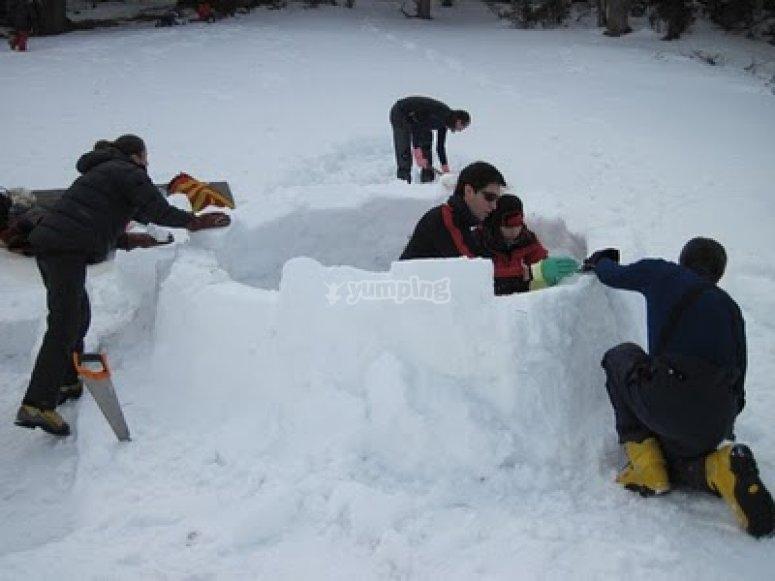 construccion iglu en navafria