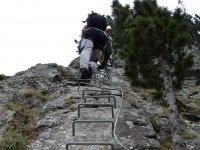 Subiendo por la vía ferrata en Ordino