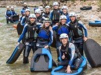 Grupo de hidrospeed en el rio de Huesca