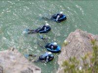 Hidrospeed in stretch of calm water in Huesca