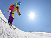 Move on top of your skis
