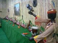 Zona de indios y juguetes