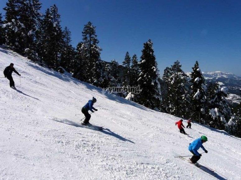 curso de esqui domingos en Masella