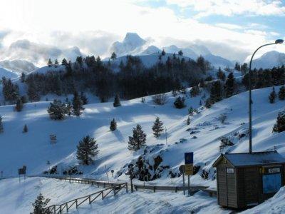 Ruta con raquetas de nieve 4 horas Somport