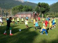 Campus de futbol para varias edades