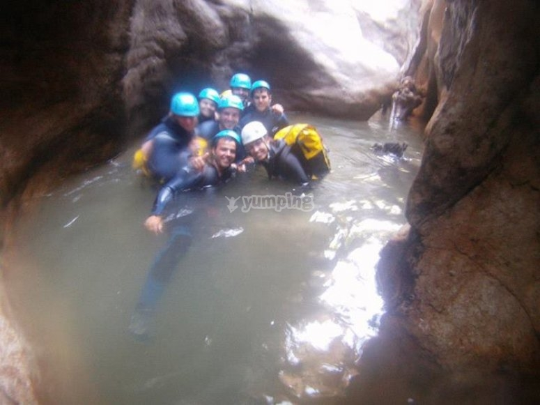 Canyoning in the Buitreras canyon