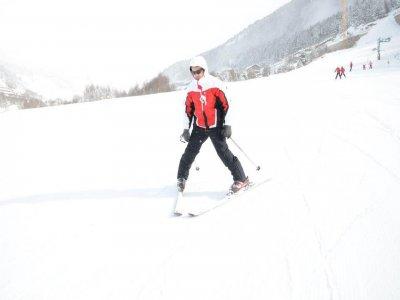 Ski pass for adults in Canaro. High season