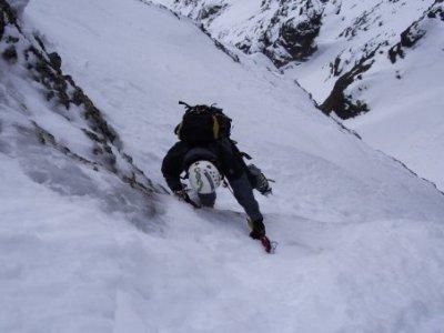 在Peñalara开始攀冰