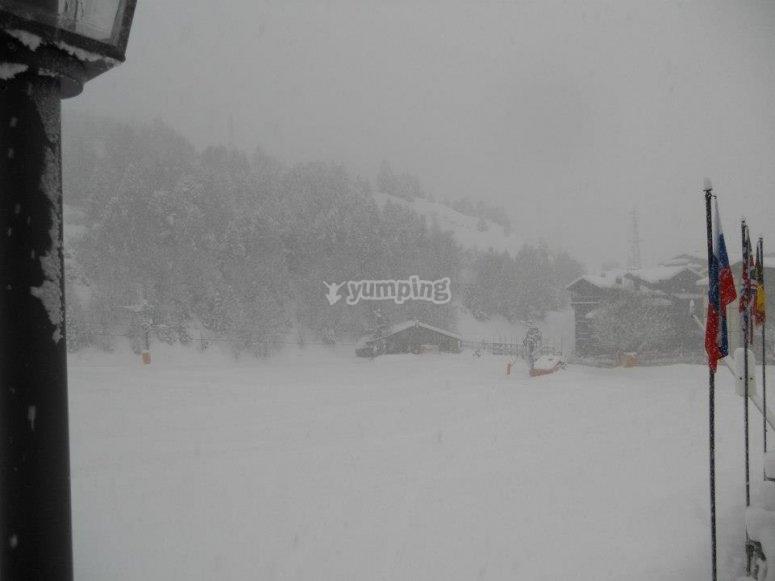 Muchisimaaaa snow