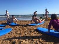 Aprendiendo surf en Huelva