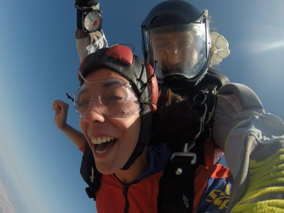 3000 Meters Skydive + Handycam Video, Seville