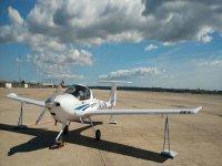Diamond DA 20 Reus的起飞航班30分钟