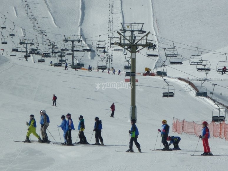 Curso de esquí en la Sierra de Madrid
