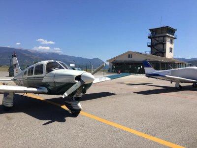课程启动飞行在小型飞机,3班,雷乌斯