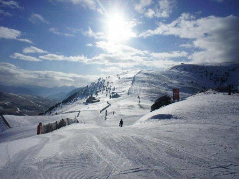 住宿和滑雪通行证La Molina