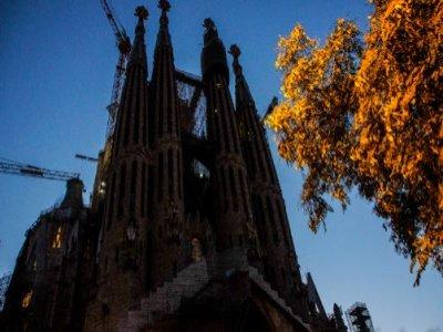 Percorso simbolico, fuori dalla Sagrada Familia