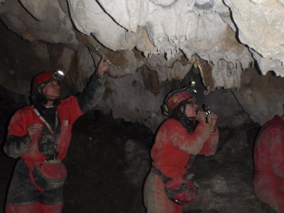 Easy Level Caving in Iguaran, Sierra de Entzia