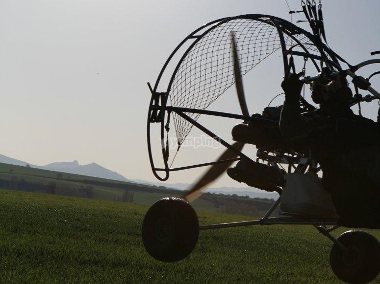 Volo di paramotore in Navarra