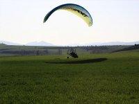 Preparazione del volo di paramotore