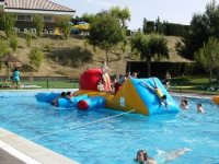There is no one who resists this crab inflatable