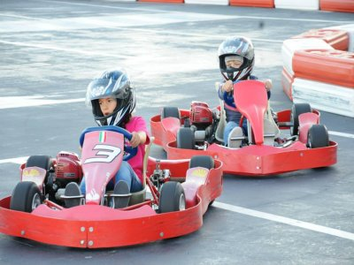 Batch of 4 minutes on Childish Dolphin Kart