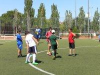 在夏季足球校园