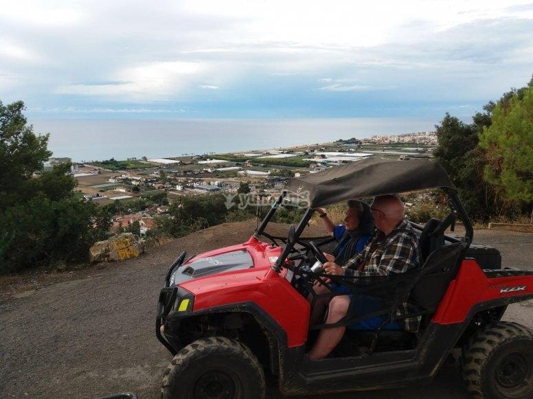 Recorriendo en buggy Montnegre
